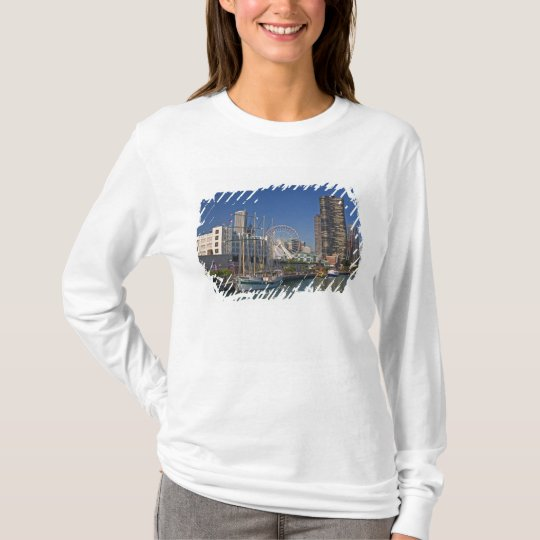 A view of Chicago's Navy Pier 2 T-Shirt