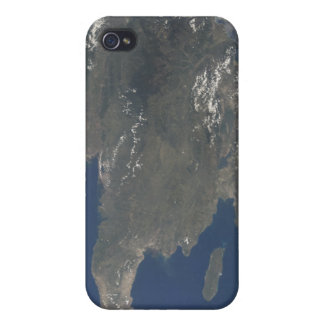 A view of the Caribbean island of Hispaniola iPhone 4/4S Covers