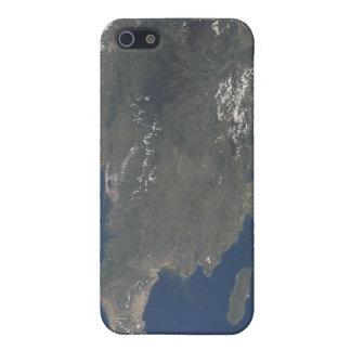 A view of the Caribbean island of Hispaniola iPhone SE/5/5s Cover
