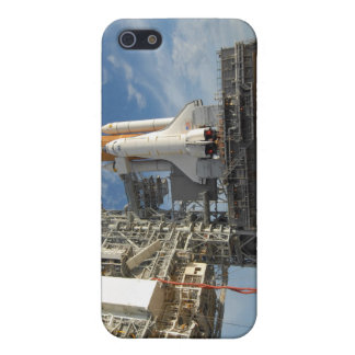 A view Space Shuttle Atlantis on Launch Pad 39A iPhone SE/5/5s Cover