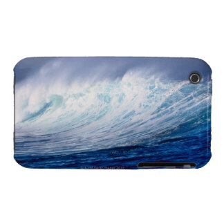 a wave building iPhone 3 cases