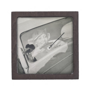 A woman driving, c.1930s (photogravure) jewelry box