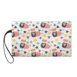 a wristlet purse