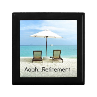 Aaah...retirement, relaxing beach scene keepsake box