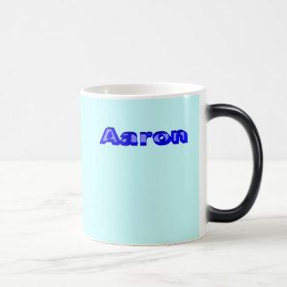 Aaron Taza Mágica