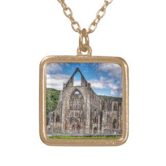 Abadía de Tintern, monasterio cisterciense, País Collar Dorado