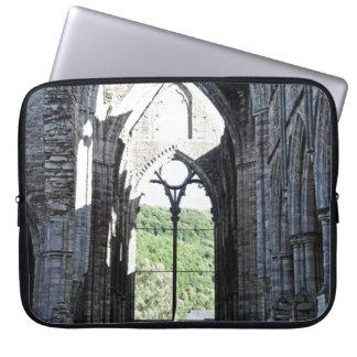 Abadía de Tintern, monasterio cisterciense, País Fundas Portátiles