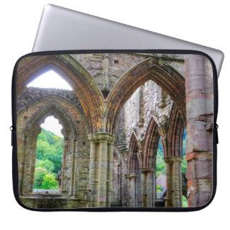 Abadía de Tintern, monasterio cisterciense, País Mangas Portátiles