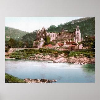 Abadía de Tintern Póster