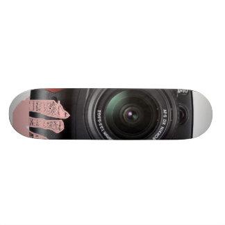 abajo de la lente de una cámara patineta personalizada