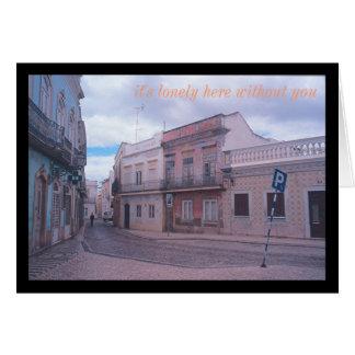 (Abandonado sobre todo) escena europea de la calle Tarjeta Pequeña