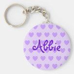 Abbie en púrpura llaveros personalizados
