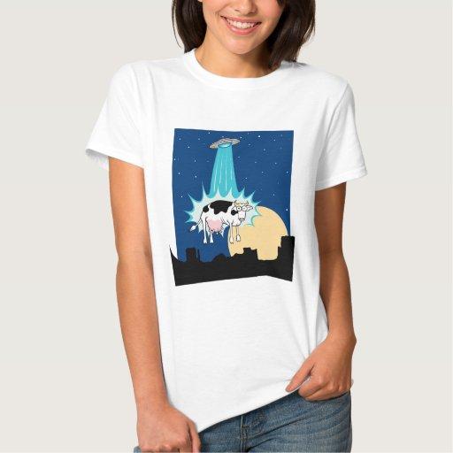 Abducción de la vaca del UFO T-shirt
