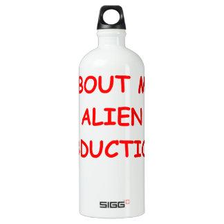 abducción extranjera botella de agua