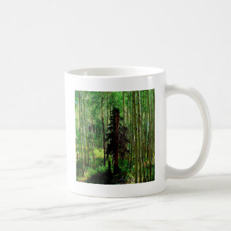 Abedul flaco del árbol taza