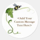 Abeja de la miel y etiquetas autoadhesivas verdes