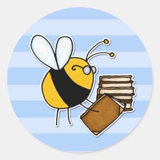 abeja de trabajador - bibliotecario pegatina redonda