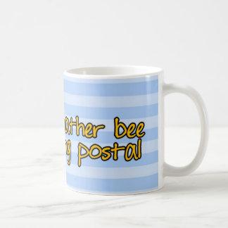 abeja de trabajador - empleado de correos tazas de café