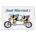 Abeja en la bici del aTandem casada Tarjeta