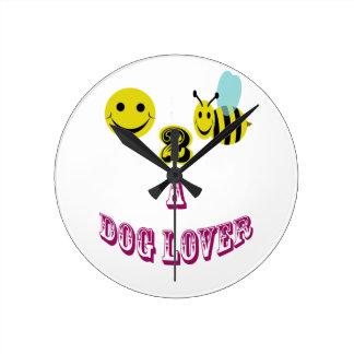 abeja feliz 2 un amante del perro relojes