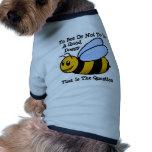 Abeja feliz camiseta de perro