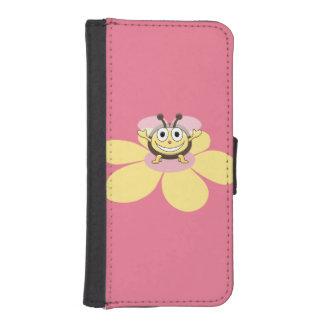 Abeja linda y feliz rosada del dibujo animado funda billetera para teléfono