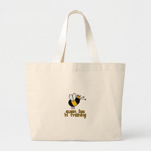 abeja reina en el entrenamiento bolsa