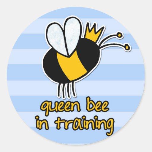 abeja reina en el entrenamiento pegatina redonda