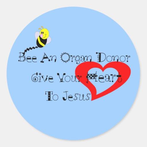 Abeja un donante de órganos pegatina redonda