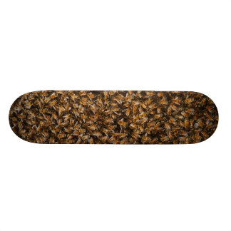 abejas de asesino skate board
