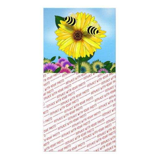 Abejas de la miel del dibujo animado que se encuen tarjeta con foto personalizada