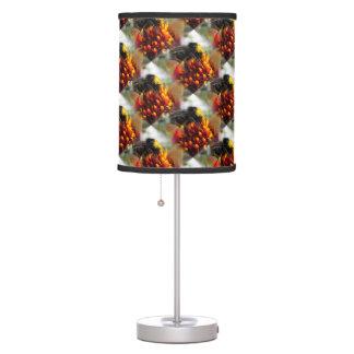 Abejorro en dalia lámpara de mesa
