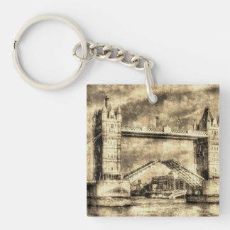 Abertura de Londres del puente de la torre Llavero
