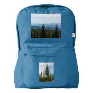 Abetos rojos en la mochila del Mt Shasta