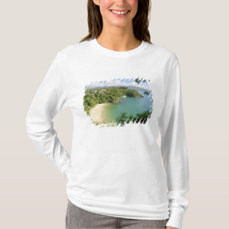 Able Tasman NP, Nelson, New Zealand. The many T-Shirt