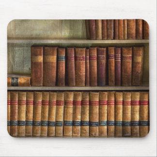 Abogado - libros - libros de ley alfombrillas de ratón