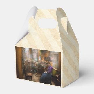 Abogado - siempre tomando notas - 1902 cajas para regalos de boda