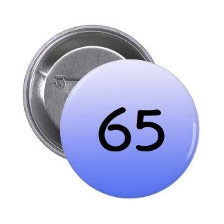 abotone alrededor del número azul sesenta y cinco pin