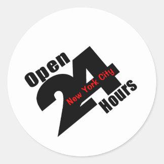 Abra 24 horas pegatina redonda