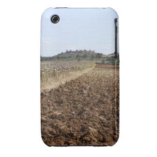 Abra el campo, Townscape en el fondo, iPhone 3 Carcasa