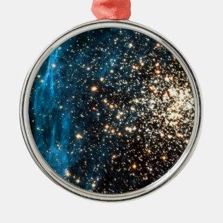 Abra el cúmulo de estrellas NGC 1850 en la Adorno Redondo Plateado