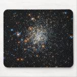 Abra el cúmulo de estrellas NGC 411 Alfombrilla De Ratones