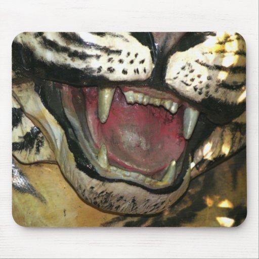 Abra la estatua de la boca del tigre tapetes de raton