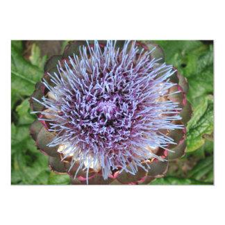 """Abra la flor de la alcachofa. Púrpura Invitación 5"""" X 7"""""""