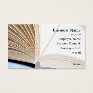 Abra las tarjetas de visita del libro