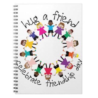 Abrace a un amigo libretas