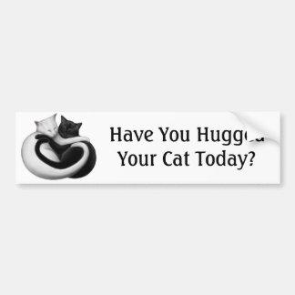 Abrace a una pegatina para el parachoques del gato etiqueta de parachoque