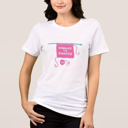 Abrace el tamaño extra grande T de las mujeres de  Camiseta