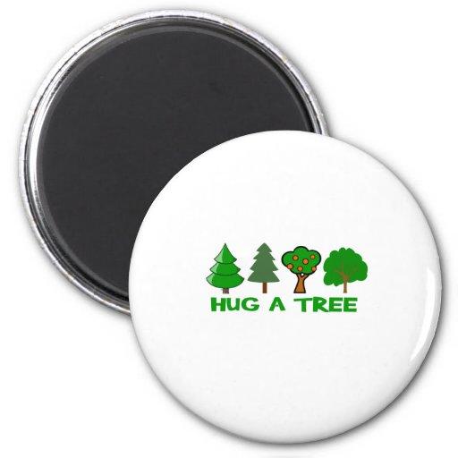 Abrace un árbol imán redondo 5 cm