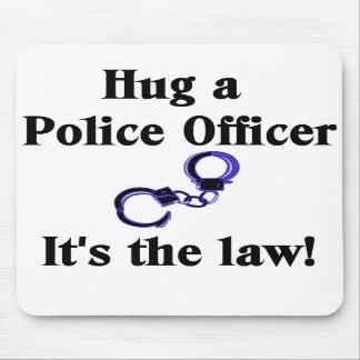 Abrace un cojín de ratón del oficial de policía tapete de ratón
